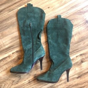 Shoes - Green leather heels